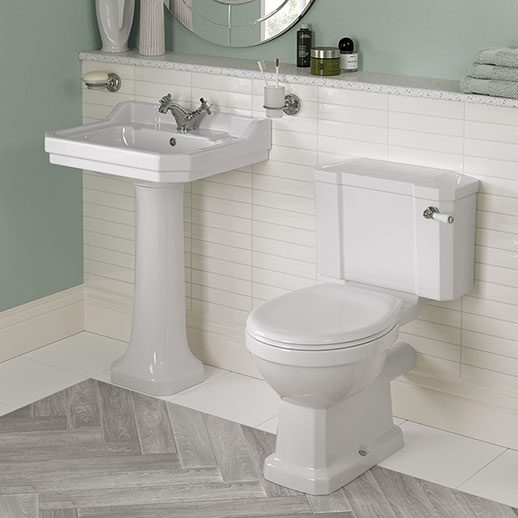 Close coupled WC and 1 tap hole basin with full pedestal